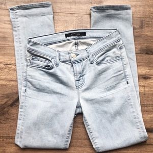 J Brand Light Wash Skinny Jeans 26